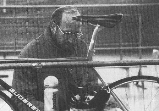 Dr. Klaus Schütz. Unser Erfolgstrainer der 80er Jahre.